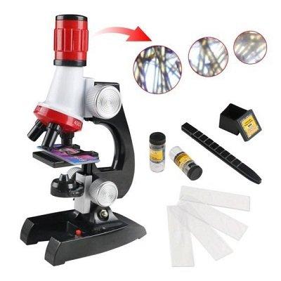 microscopio de ciencias educativo nino